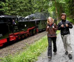 Fichtelbergbahn-am-Weg-Foto-TVE-R-Gaens