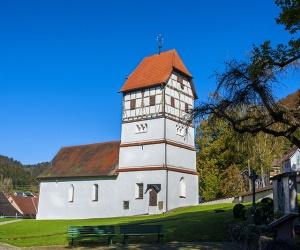 Friedhofskirche-St-Peter-und-Paul