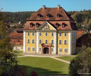 Kultur-Schloss-Theuern