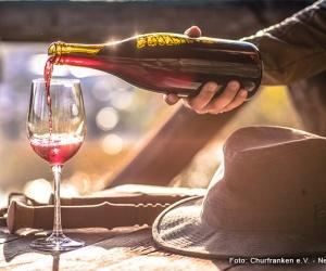 Rotweinwanderweg-Wein