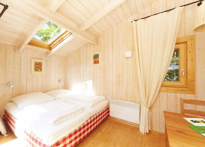 baumhaushotel rosenberg. Black Bedroom Furniture Sets. Home Design Ideas