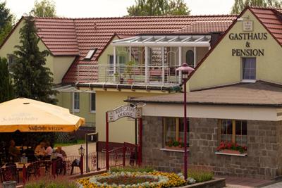 Gasthaus & Pension am Kanal