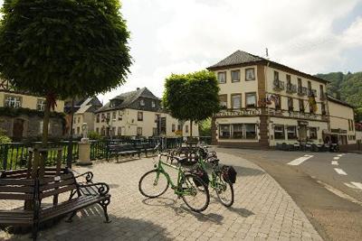Mosel-Weinhotel Steffensberg