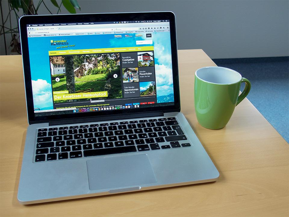 Erlebnistouren durch die weite Ferne: Den Urlaub planen am PC
